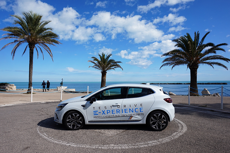 Renault Clio E-TECH Hybrid - auto ibrida - Grottammare